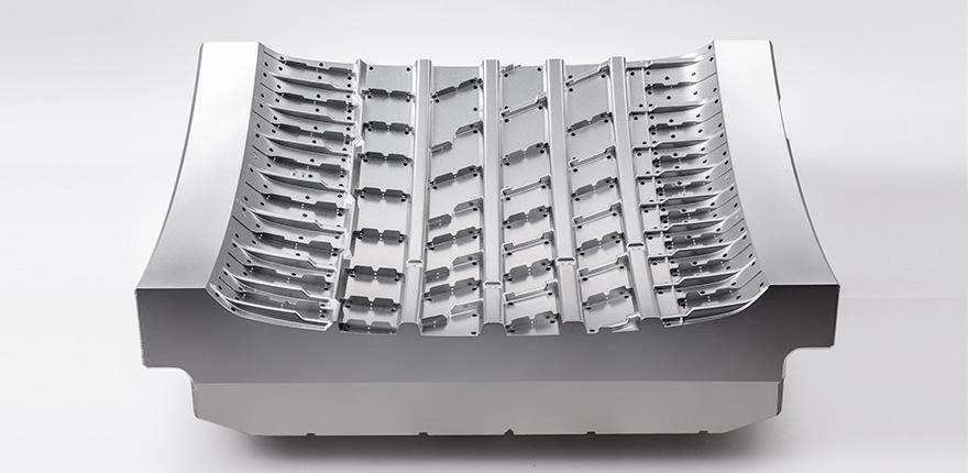 Hankook Precision Works – Tire Polishing Mold 02